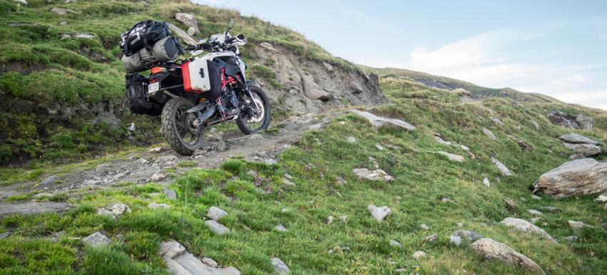 Alpes franceses en moto BMW F800 GS
